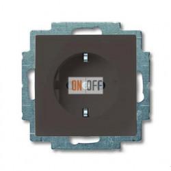 Розетка с заземлением со шторками с безвинтовыми зажимами ABB Basic 55, шато-черный 2013-0-5338