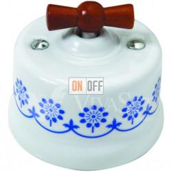 Выключатель поворотный перекрестный (c 3 мест) 10А 250В~ Fontini Garby, белый фарфор/синий декор/ручка дерево мед 30304122