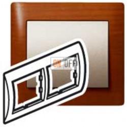 Рамка двойная, для горизонтального монтажа Legrand Galea Life, вишня 771972