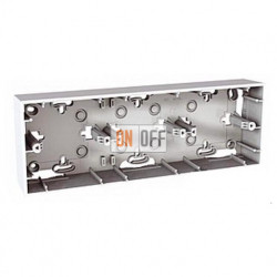 Коробка тройная для накладного монтажа Schneider Unica белый MGU8.006.18