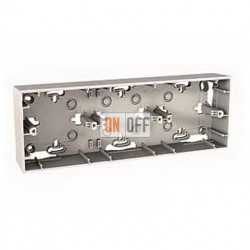 Коробка тройная для накладного монтажа Schneider Unica кремовый MGU8.006.25