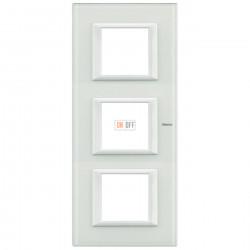 Рамка 3-ая (тройная) прямоугольная вертикальная, цвет Стекло Белое, Axolute, Bticino