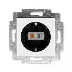Розетка 1-ая электрическая , с заземлением и защитными шторками (безвинтовой зажим), цвет Белый/Дымчатый черный, Levit, ABB