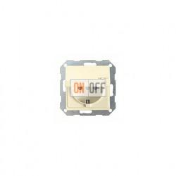 Розетка с заземляющими контактами 16 А / 250 В~, с откидной крышкой 045401
