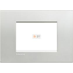 Рамка итальянский стандарт 3 мод прямоугольная, цвет Серебро, LivingLight, Bticino
